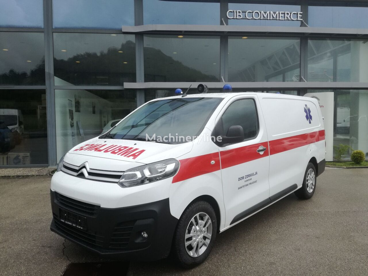 jauns CITROEN JUMPY XL 2.0 BLUE HDI mikroautobuss ātrās palīdzības mašīna