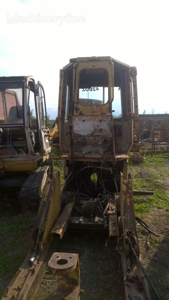 CATERPILLAR buldozers pēc rezerves daļām