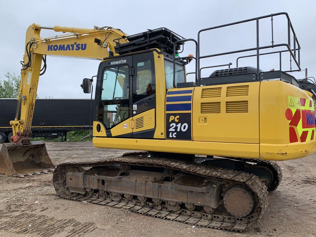 KOMATSU PC210LC 240 PC 210 LC EU financing kāpurķēžu ekskavators