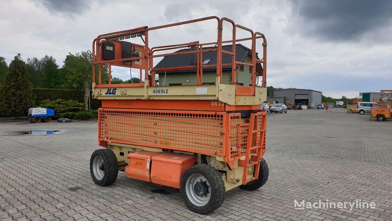 JLG 4069 LE šķērveida pacēlājs