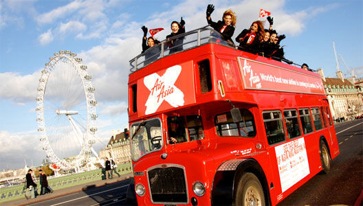 BRITISH BUS Tourist City Sightseeing open top traditional & modern London bu ekskursijas autobuss