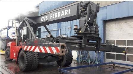 CVS Ferrari F500 RSE konteineru iekrāvējs