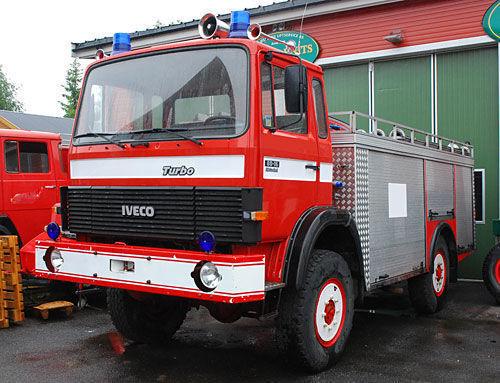 IVECO 4x4 WD ugunsdzēsēju mašīna