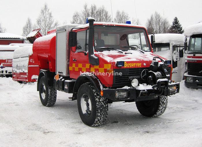 MERCEDES-BENZ Unimog U-1300 4x4 WD ugunsdzēsēju mašīna