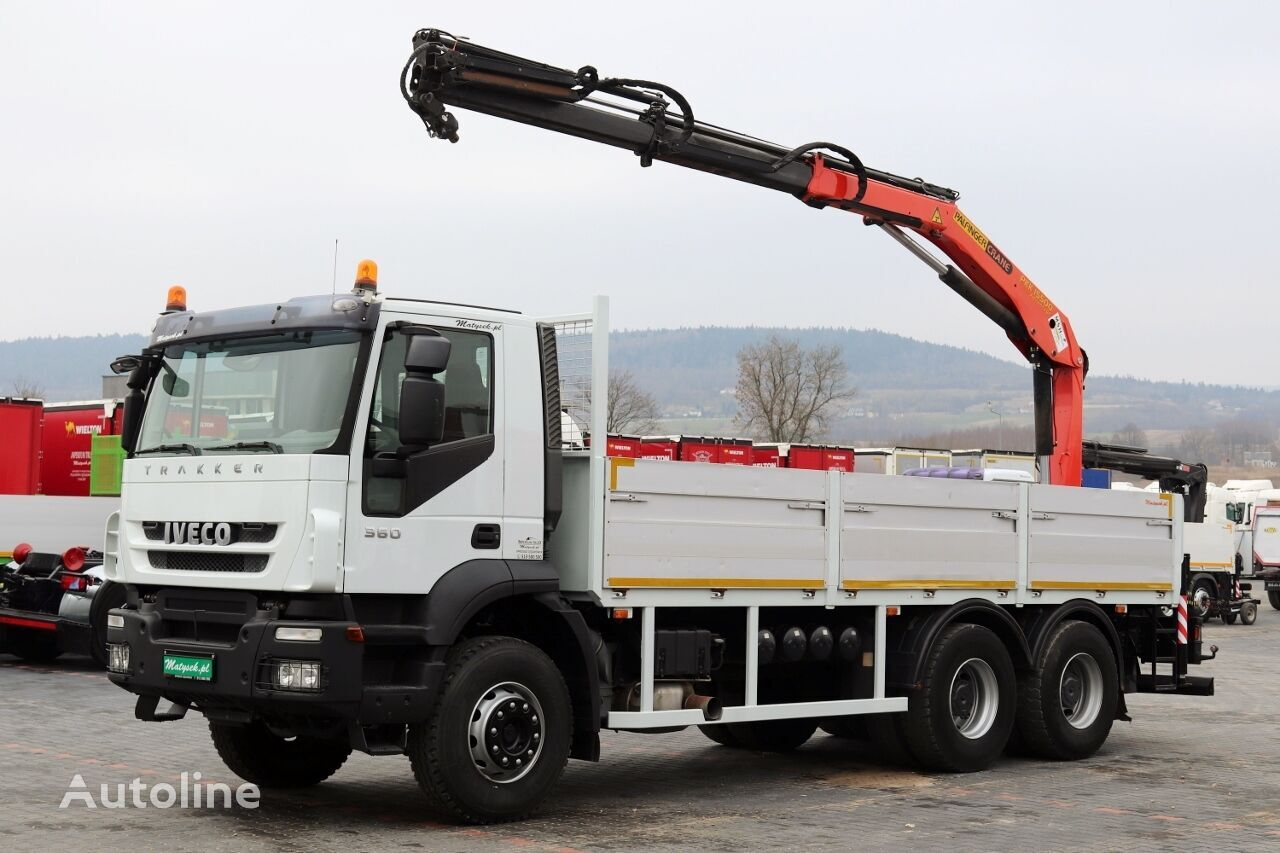 IVECO TRAKKER 360  bortu kravas automašīna