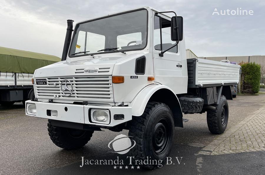 MERCEDES-BENZ UNIMOG 1300 bortu kravas automašīna