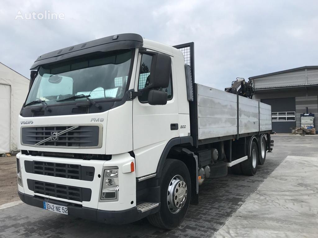 VOLVO fm 12 300 KM 6x2 burty + dzwig Jonsered 1090 bortu kravas automašīna