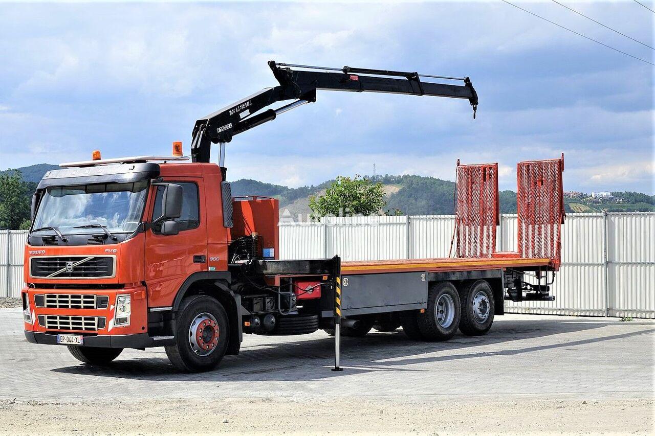 VOLVO  FM9 300 Abschleppwagen 8,90m + Kran *6x2* evakuators
