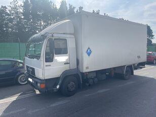 MAN 11.224 ISOTERMO  PUERTA ELEVADORA izotermiska kravas automašīna