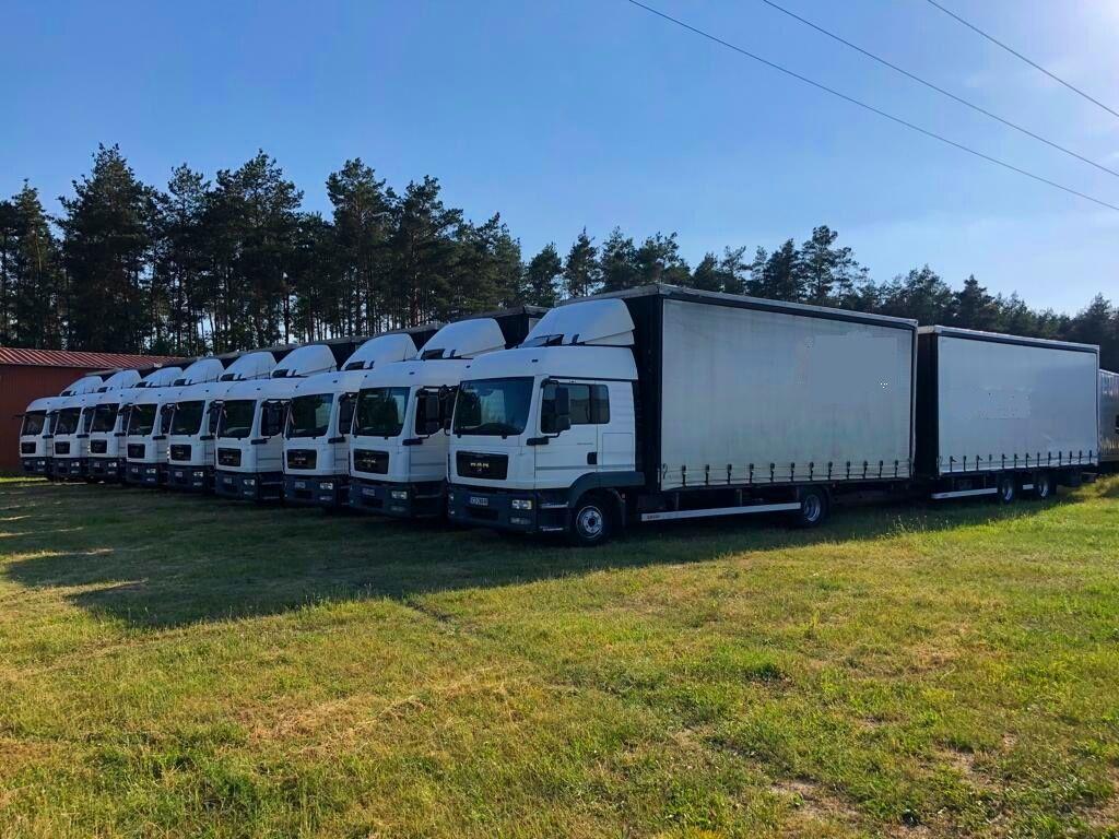 MAN  12.250 kravas automašīna ar aizkariem + aizkaru tipa piekabe