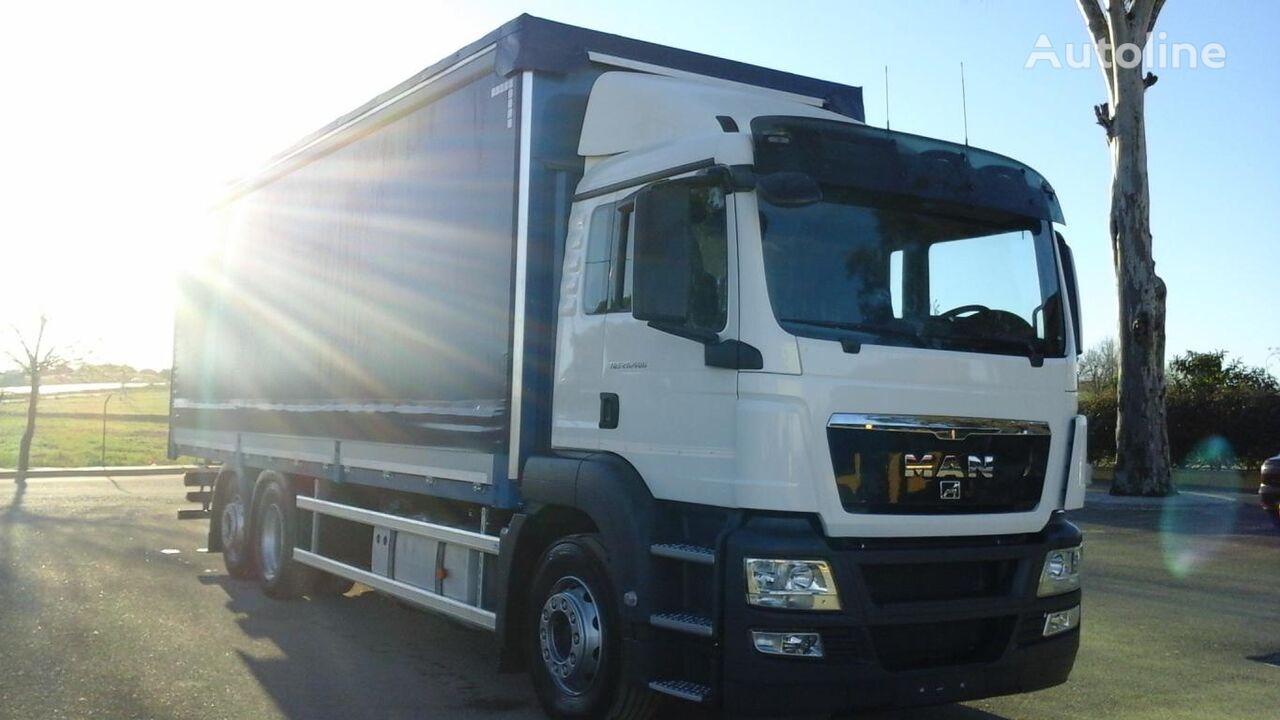 MAN TGS 26 400 kravas automašīna ar aizkariem
