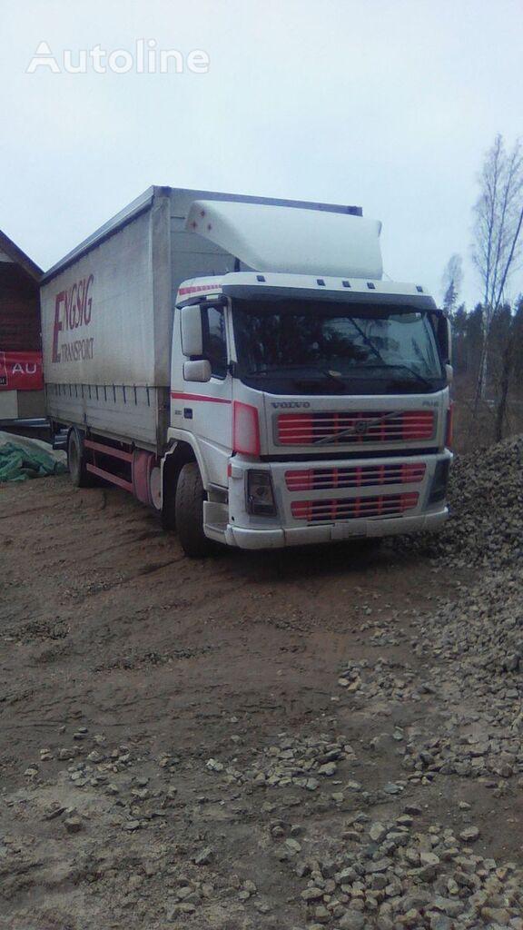 VOLVO FM9 kravas automašīna ar aizkariem