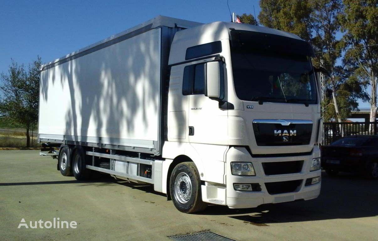 MAN TGX 26 440 kravas automašīna ar tentu