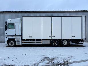 RENAULT MAGNUM 520.26 kravas automašīna furgons