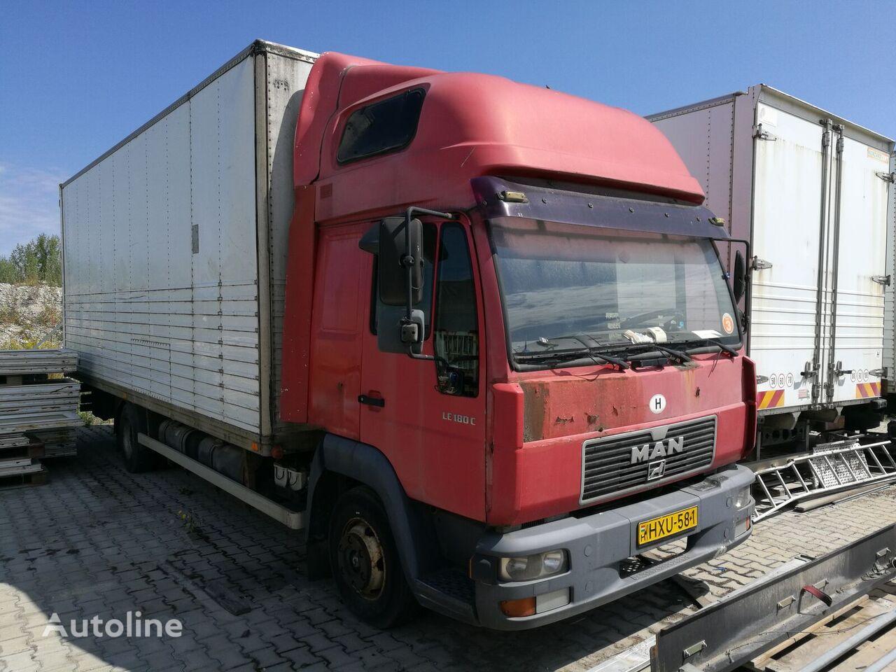 MAN 8.174 kravas automašīna furgons