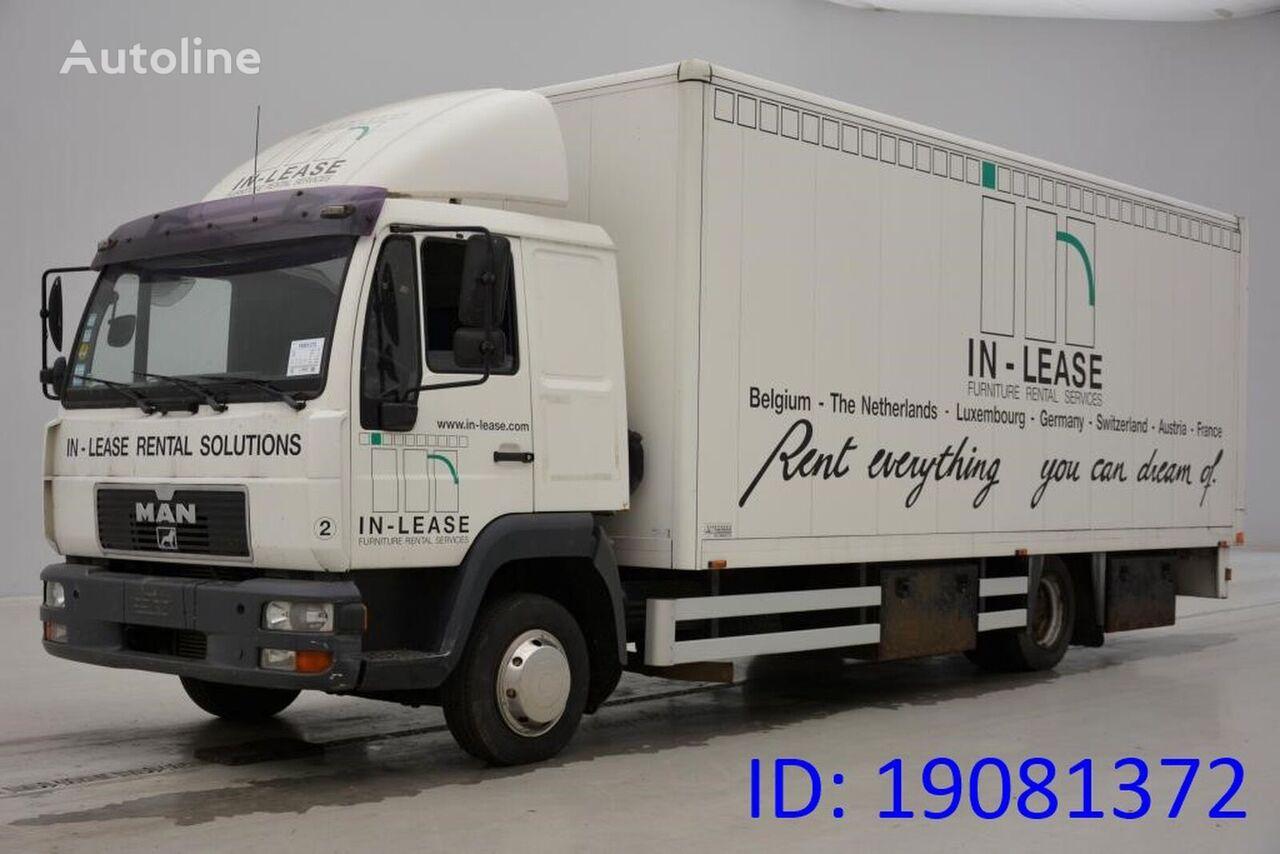 MAN 8.220 L kravas automašīna furgons