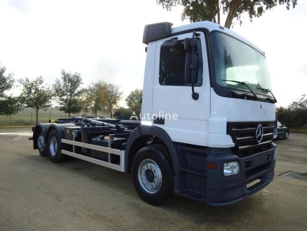 MERCEDES-BENZ ACTROS 25 43 kravas automašīna pacēlājs ar āķi