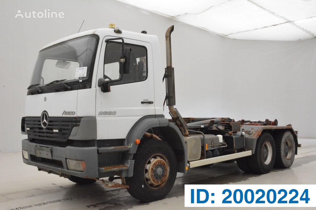 MERCEDES-BENZ Atego 2628 - 6x4 kravas automašīna pacēlājs ar āķi