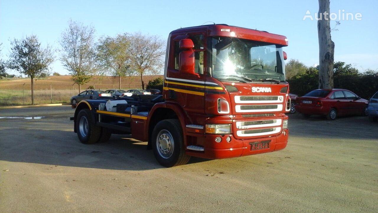 SCANIA P 270 kravas automašīna pacēlājs ar āķi