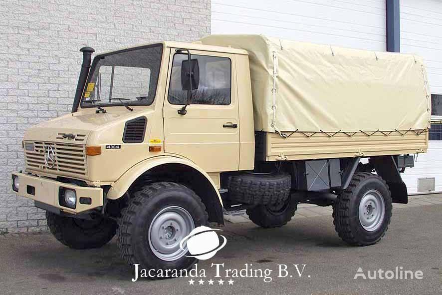 MERCEDES-BENZ UNIMOG 1300 kravas kaste ar tentu