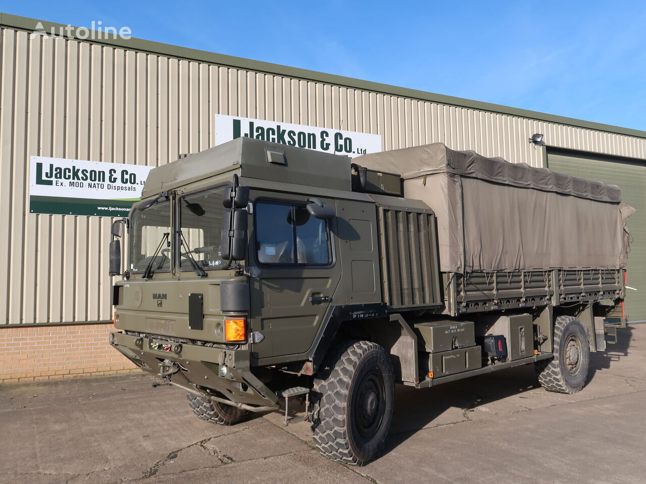 MAN HX60 18.330 4x4 Army Truck  militāra kravas mašīna