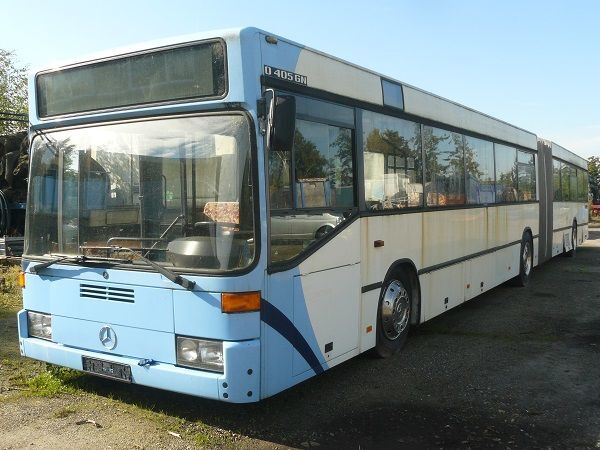 MERCEDES-BENZ 405 GELENKBUS PERSONENBUS posmainais autobuss