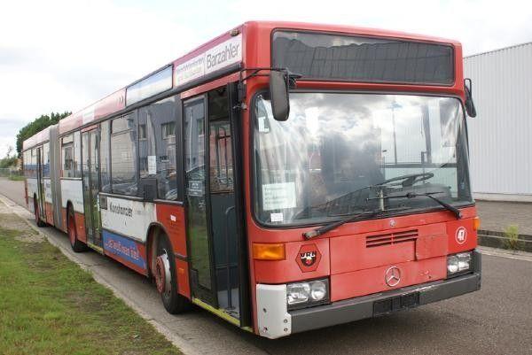 MERCEDES-BENZ O 405 GN posmainais autobuss