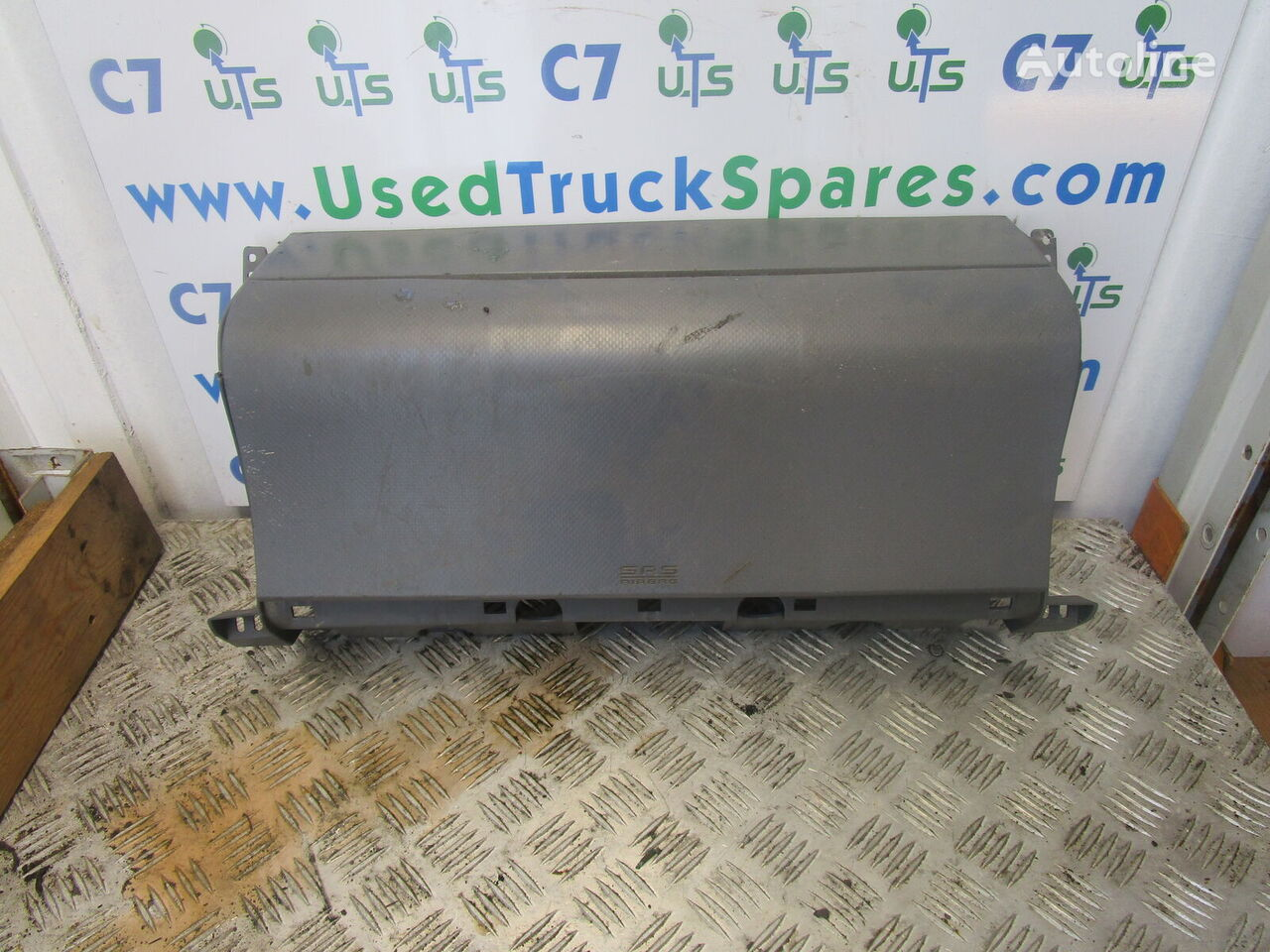 PASSENGER SIDE AIR BAG COMPLETE ISUZU N75 4HK1 citas dzinēja rezerves daļas paredzēts kravas automašīnas