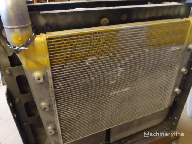 HITACHI TRAD 1386-619-1000 (992) dzinēja dzesēšanas radiators paredzēts HITACHI ZX470LCH-3 ekskavatora