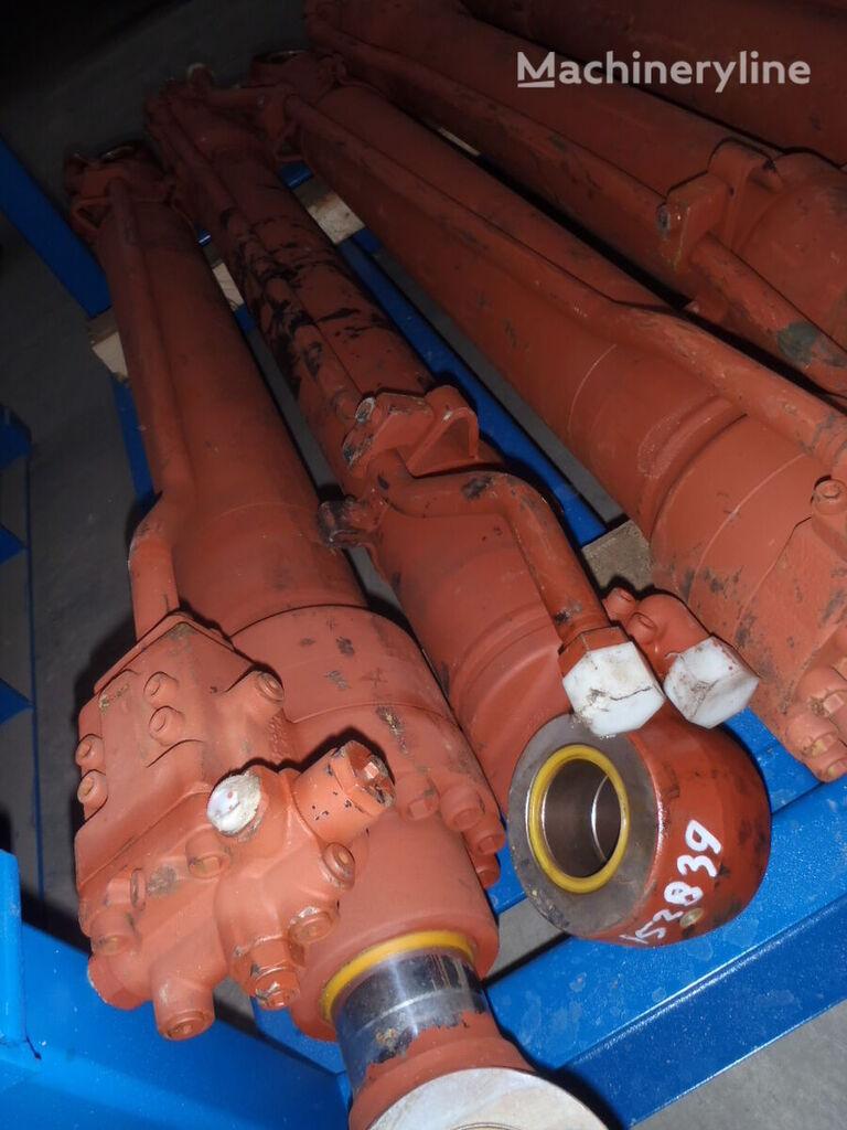 hidrocilindrs paredzēts HITACHI ekskavatora