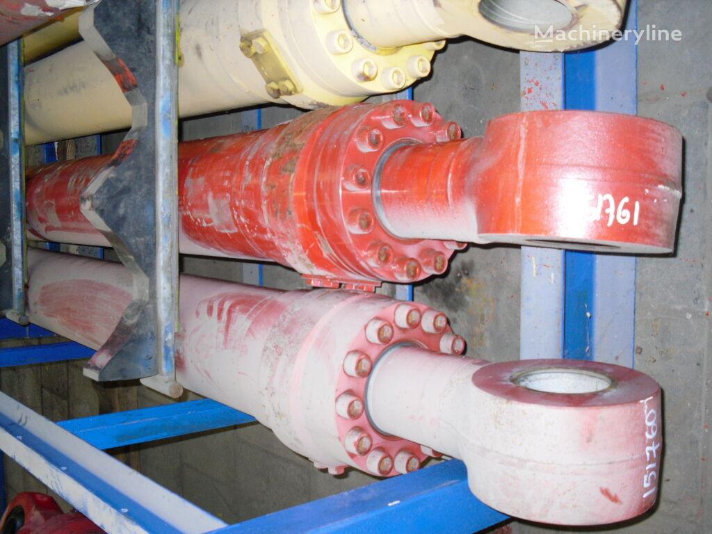 hidrocilindrs paredzēts O&K ekskavatora