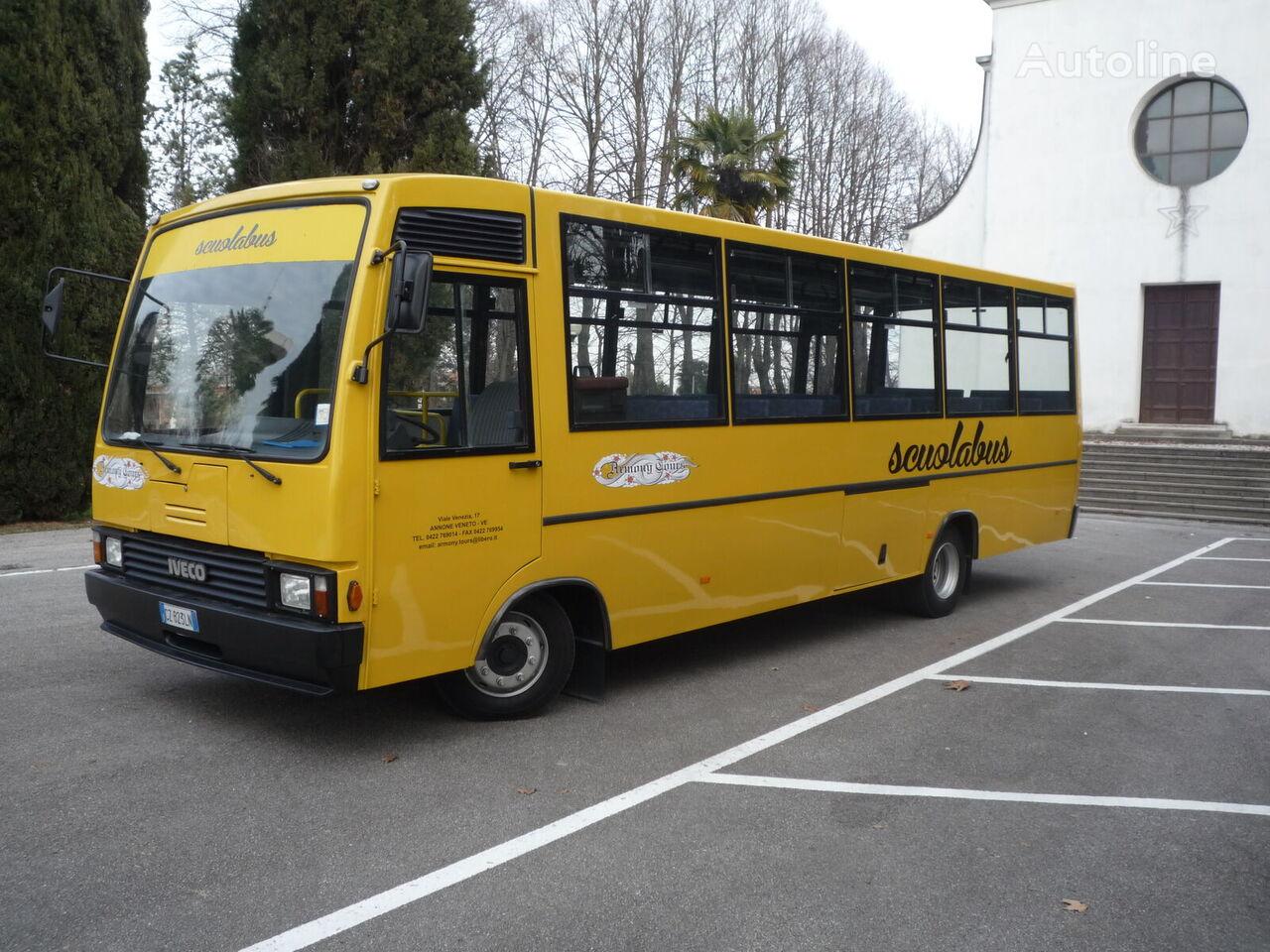 IVECO Cacciamali Tema 25 skolas autobuss
